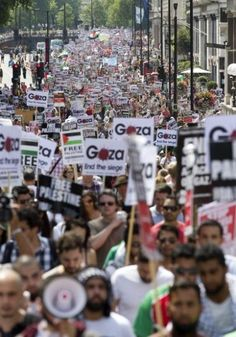 ** In Photos: Worldwide protest against Israeli attack on Gaza (Updated)  July 27, 2014