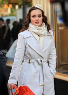 Blair Waldorf _ I am a sucker for this show and love her style