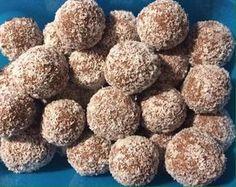 Almás kókuszgolyó, nem a megszokott alapanyagokból készül, de nagyon finom!