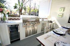 Outdoor living at Southern Romance Phantom Screens Idea home
