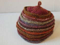 hat Elle tricote 2 by natalyon, via Flickr