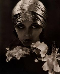 Edward Steichen. Pola Negri 1925. Via curieuxdetrucs -repinned by LA County, California photographer http://LinneaLenkus.com  #fineartphotography