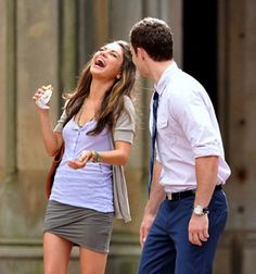 Mila Kunis - Justin Timberlake - Friends With Benefits See Movie, Movie Tv, Mila Kunis Justin Timberlake, Friends With Benefits Movie, Baby Friends, You Make Me Laugh, Bad Romance, Hooray For Hollywood, Film Books