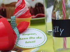 Schultüten Anhänger Jugend Wine Glass, Tableware, Learning Letters, School Children, Youth, Dinnerware, Dishes, Serveware, Wine Bottles