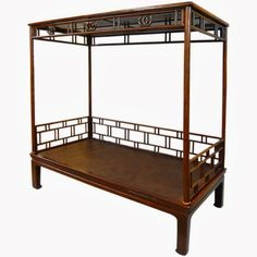 Great looking canopy bed from 1st Dibs. Divine.