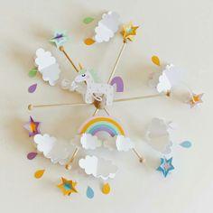 Móvil de cuna, Móvil de unicornio, Móvil de bebe niño, Móvil infantil, Regalo bautizo, Decoración infantil, Habitación niño, Baby shower
