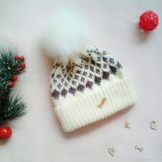#шапканазиму#шапка#женскаяшапка#зимняяшапка#вяжутепло#вяжуспицами#вяжемшапку#вяжусама#вяжуипродаю#жаккардспицами#жаккардовыйузор#спицами#в_наличии_alfi#knitt#loveknit#handknit#insta#knitwear#knitted#yarn#iloveknit#winterhat#hat#knitting#knittinglove#knitting_inspiration#knittedhat Knitted Hats, Beanie, Knitting, Fashion, Knit Hats, Moda, Tricot, La Mode, Knit Caps