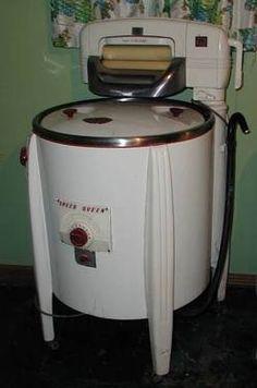 Antique Speed Queen Ringer Washer.