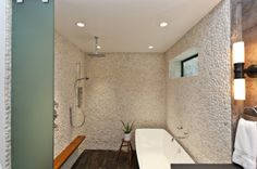 Zen Bathroom - Design photos, ideas and inspiration. Amazing gallery of interior design and decorating ideas of Zen Bathroom in decks/patios, bathrooms by elite interior designers. Small Shower Room, Small Showers, Shower Tub, Stone Shower, Rain Shower, Master Shower, Shower Floor, Bad Inspiration, Bathroom Inspiration
