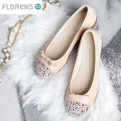 #Ballerinas #FlorensShoes #accessories are full of spring bouquets