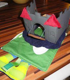 tapis de jeux foldingo chateau en feutrine, fold and go felt castle playmat