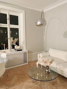 art deco home Living Room Interior, Home Living Room, Living Room Decor, Interior Design Magazine, Home Interior Design, Decor Room, Home Decor, Aesthetic Room Decor, My New Room