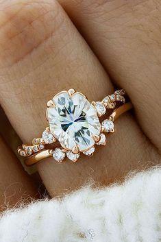 18 Uncommonly Beautiful Diamond Wedding Rings ❤ diamond wedding rings oval rose gold pave band ❤ More on the blog: #WeddingJewelry #weddingdiamondring