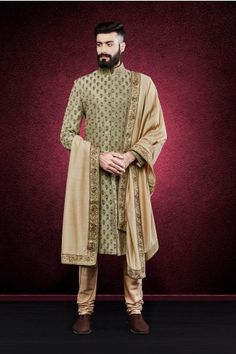 Latest Designer Wedding Sherwani Patterns for Indian Groom - LooksGud. Sherwani For Men Wedding, Wedding Dresses Men Indian, Wedding Outfits For Groom, Groom Wedding Dress, Sherwani Groom, Mens Sherwani, Wedding Men, Sister Wedding, Wedding Ideas