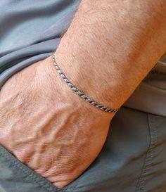 Minimalist Bracelet for Men, Adjustable Waterproof Surfer Bracelet, Summer String Bracelet, Mens Thin Cord Bracelet Simple Bracelets, Cord Bracelets, Stretch Bracelets, Bracelets For Men, Surfer Bracelets, Essential Oil Jewelry, Lava Bracelet, Sliding Knot, Bead Shop