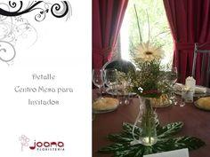 Detalle del centro de mesa para invitadas en la Boda de la Ermita de las Angustias