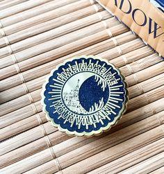 #shadowandbone #leighbardugo #thedarkling #enamelpin #booklovers #bookworm #etsygifts #etsyshop #etsyfinds #pincollector #grishaverse Reading Tree, The Darkling, Leigh Bardugo, Bubble Wrap Envelopes, Throne Of Glass, Fantasy Series, Hard Enamel Pin, Any Book, Book Worms