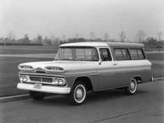 Chevrolet Apache 10 Suburban Carryall 1960 (perhaps not technically a 4x4, but still cool)