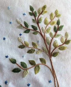 Ideas sewing machine embroidery projects stitches for 2019 Embroidery Leaf, Hand Embroidery Videos, Embroidery Stitches Tutorial, Hand Embroidery Flowers, Machine Embroidery Projects, Silk Ribbon Embroidery, Hand Embroidery Designs, Embroidery Kits, Embroidery Supplies