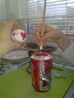 jednoduchý stojánek na malování voskem