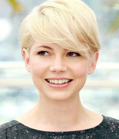 blonde pixie michelle williams