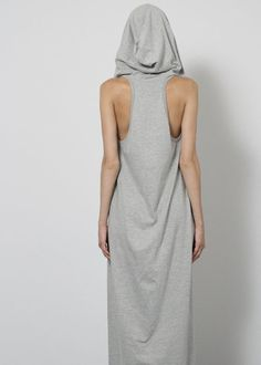 square hood gown - grey . complexgeometries