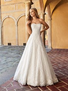 Full A-line Lace Strapless Wedding Dress Moonlight Collection J6549 #Wedding #WeddingDress #Rustic