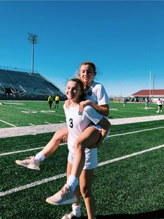 Cute Soccer Pictures, Cute Friend Pictures, Volleyball Pictures, Best Friend Pictures, Sports Pictures, Soccer Pics, Soccer Goals, Soccer Motivation, Friend Pics