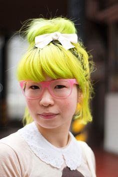 Neon Yellow hair color!!! SO CUTEEEE!! ME NEXT!!!
