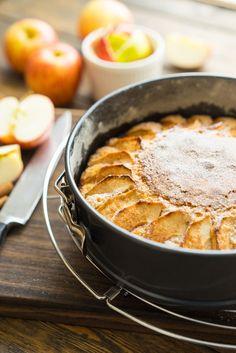Очень простой и очень вкусный яблочный пирог
