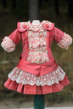Marvelous Antique Doll Velvet Dress