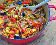 Summer vegetable stew, from A Veggie Venture (Delicious-sounding vegetarian stew from A Veggie Venture via Soup Chick) #stew #vegetarian #recipe