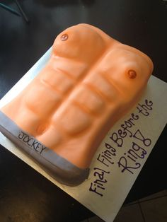 Looking for a #bachelorette cake? Here is an idea for the last fling before the ring.
