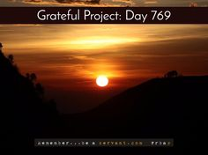 Today I'm grateful for a new day  Smile, a new day awaits you!  Want a FREE Grateful bracelet in blue, black, or white?  Tap there => http://GratefulProject.org/ #rbas #gratefulprojectday #tgpday769 #newday