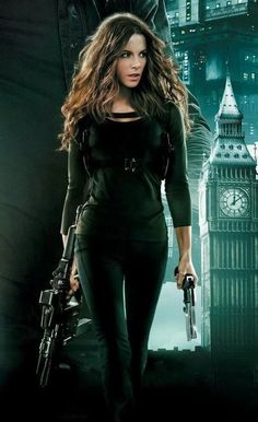 Kate Beckinsale in Total Recall Underworld Kate Beckinsale, Gorgeous Women, Beautiful People, Kate Beckinsale Pictures, Kate Beckinsale Hair, Modelos Fashion, Badass Women, Pearl Harbor, Celebs