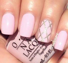 Image via We Heart It #girl #girls #glitter #gold #nails #pink