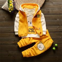 Baby Girl Bear Clothing Set [3M-4T] 39.99 CAD Baby Outfits Newborn, Toddler Outfits, Baby Boy Outfits, Pull Bebe, Kids Suits, Winter Kids, Fall Winter, Baby Warmer, Baby Boy Fashion