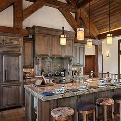 44 Incredible Rustic Farmhouse Kitchen Cabinet Ideas Rustic kitchen cabinets are sometimes not made from metal. Also, it's great to have precisely what you want in your kitchen. Timber Kitchen, Farmhouse Kitchen Cabinets, Kitchen Dining, Kitchen Rustic, Rustic Kitchens, Rustic Cabinets, Log Home Kitchens, Home Decor Kitchen, Rustic Cottage