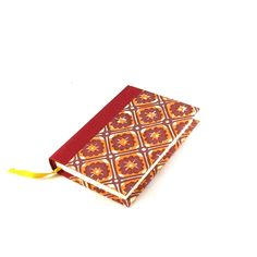 Day Planner 2018 red yellow batik. Every day one page.