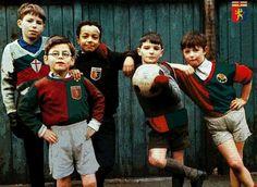 . Genoa Cfc, Rugby, Cricket, Grande, Christmas Sweaters, German, Football, Faces, Deutsch