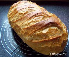 Betty hobbi konyhája: Heni kovászos turbó fehér kenyere