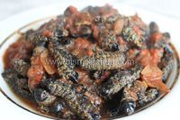 Mopane in tomato sauce recipe made easy. Join us in our step by step instructions on how to this delicious delicacy from Zimbabwe. Tomato Sauce Recipe, Worms, Stew, Make It Simple, Food To Make, Meals, Dishes, Ethnic Recipes, Protein