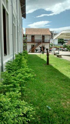 La biblioteca de cucuta Visita http://www.facebook.com/... También estamos en SCOOPIT http://www.scoop.it/... TWITTER http://www.twitter.com/... y en FACEBOOK http://www.facebook.com/... Da click y lee nuestras publicaciones Compartiendo desde #CÚCUTA #COLOMBIA