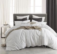 Versai Quilt Cover Set Range White - Quilt Covers - Bed