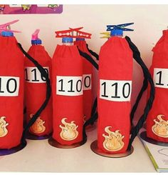Crafts For Kids, Art For Kids, Fire Extinguisher, Preschool Activities, Preschool Crafts, Fire Safety Week, People Who Help Us, Fireman Party, Community Workers