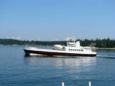 Vinalhaven Ferry leaves Rockland terminal 7 times daily. A choice of 2 excursion tickets or 2 tickets to Capt. Jacks are included in the package.