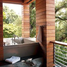 open air tub?  yes please.