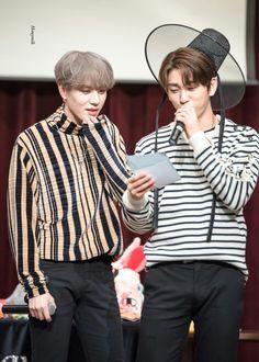 171029 Jinyoung & Yugyeom at Incheon fansign cr: honeymilk1117