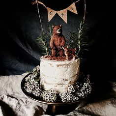 Woodland themed cake for a 1st birthday party. Dark chocolate, pear and Rosemary cake with a Vegan Vanilla Bean Frosting. GF SF DF All photos taken with I Phone 6. @maj_and_the_half_done_house