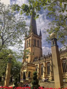 Wakefield Cathedral....a lot cleaner looking than in my day.